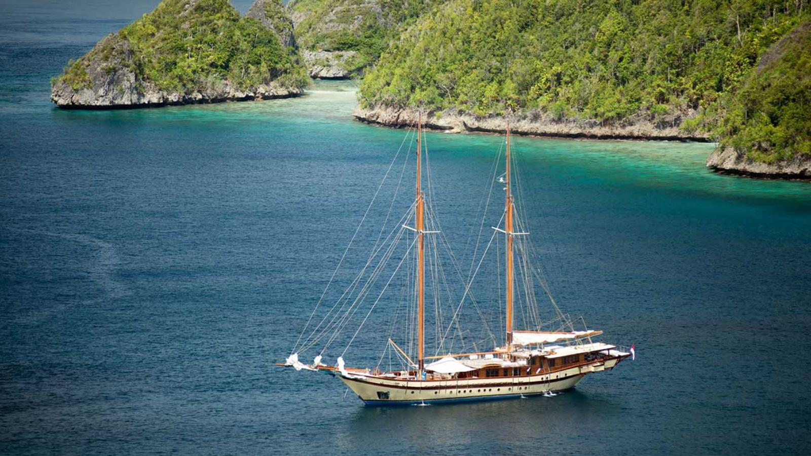 lamina-super-yacht