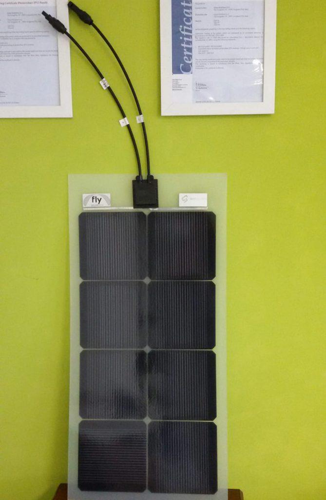 Pannello solare bifacciale
