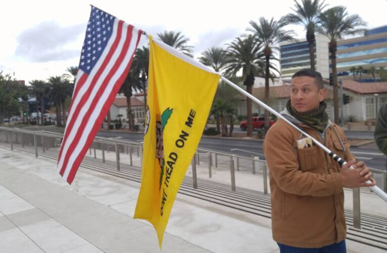 """Libertarian activist arrested after posting phrase """"molon labe"""" on Facebook"""