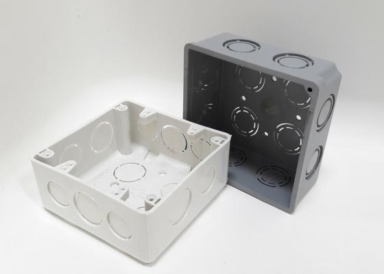 Caja plástica 4x4