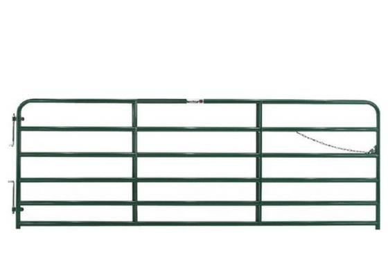 Portón para finca verde