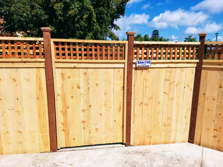best wood for horizontal fence