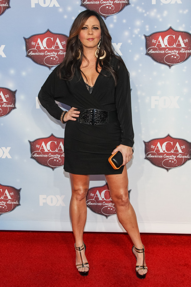 Sara Evans attends the American Country Awards