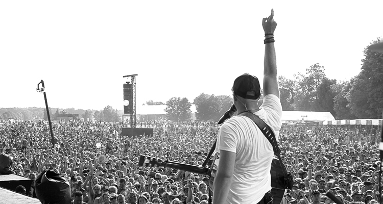 Tim Hicks - Canada Day Must-Haves Wasaga Beach Contest