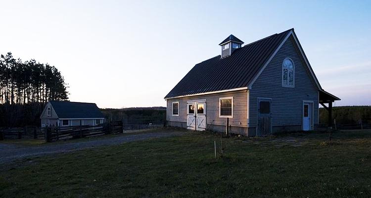 Barns Airbnb