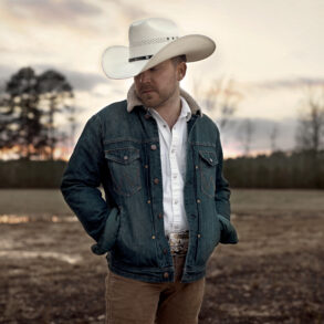 Justin Moore publicity photo