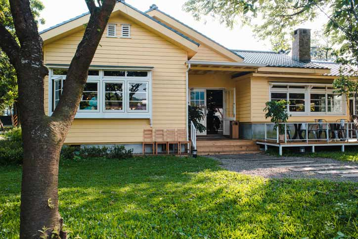 How Glenn & Amber Schworm Help with Home Flipping?