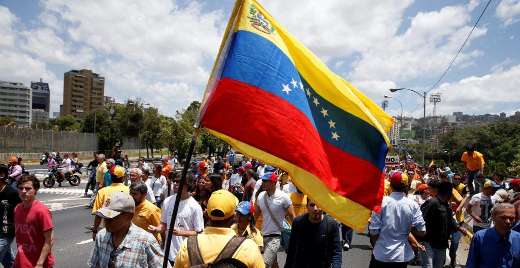Pérdidas por 875 millones de dólares dejó el apagón en Venezuela