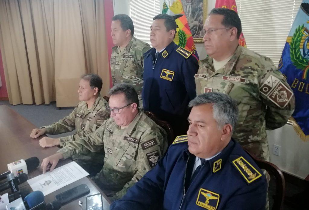 Bolivia: la policía no puede y sale el Ejército a patrullar las calles