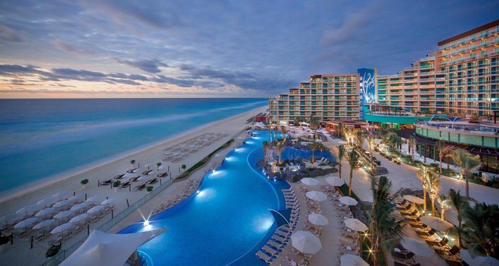 Cancún, Cozumel, Isla Mujeres y Tulum con hoteles fantasmas y despidos de empleados