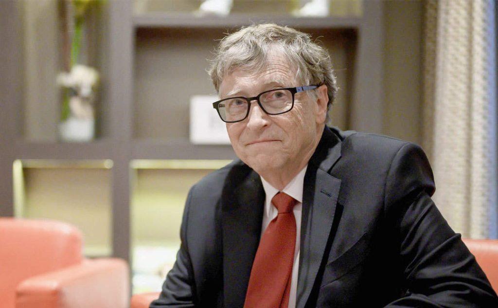 Renuncia Bill Gates a la junta directiva de Microsoft