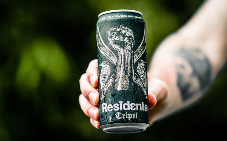 Residente, el cantante de Calle 13 lanza su propia cerveza