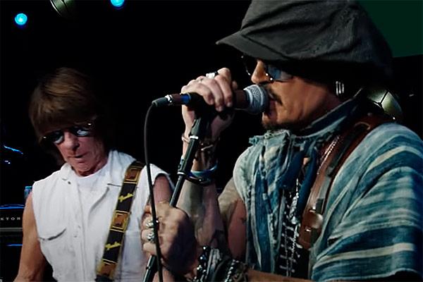 Johnny Depp sale de su aislamiento y presenta Isolation a dúo con Jeff Beck (Video)