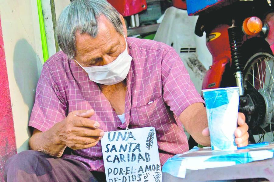 Sólo en abril, doce millones de personas perdieron su empleo en México reporta el INEGI