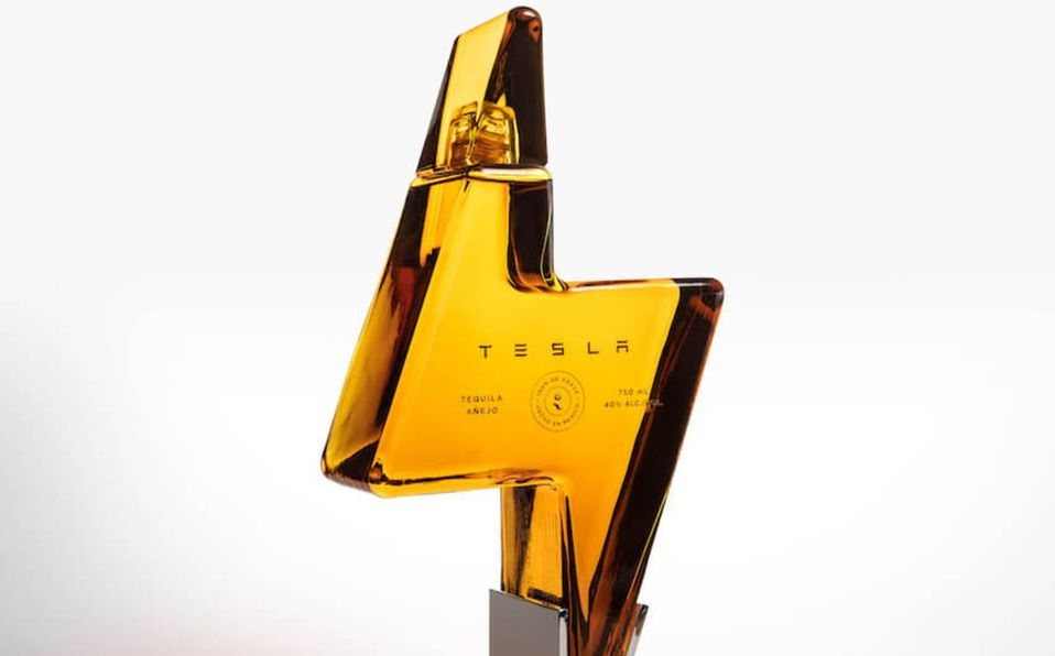 Elon Musk lanzó su Tequila Tesla de agave sostenible y se agotó inmediatamente