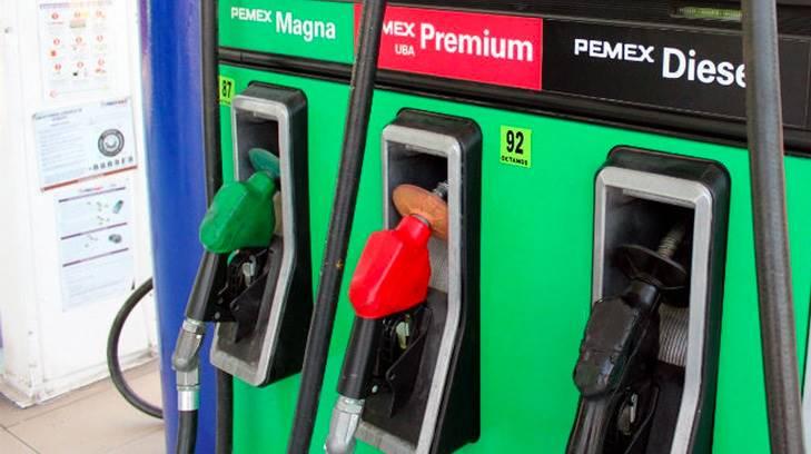 La gasolina sigue subiendo y Hacienda sube estímulo fiscal a Magna, Premium y diésel