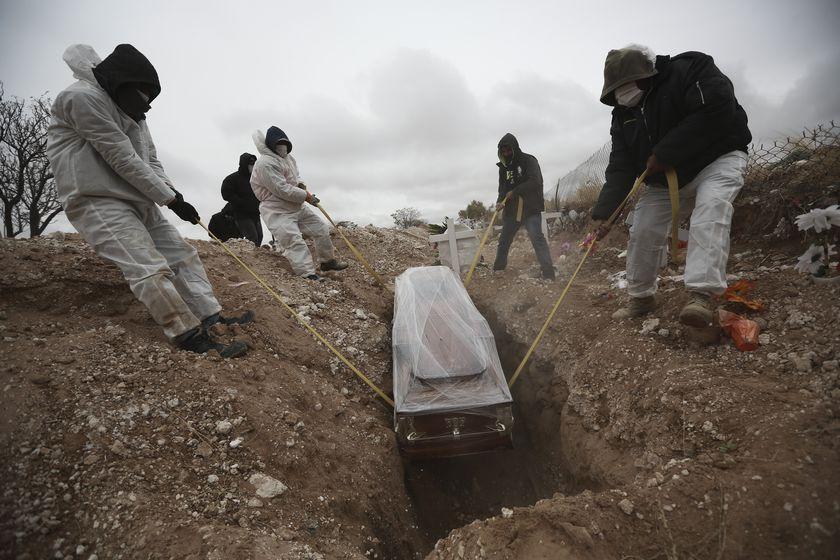México suma 207,020 muertes por coronavirus