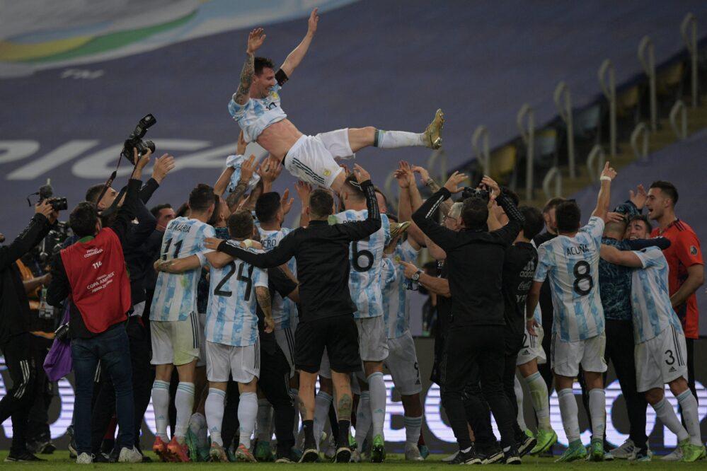 Después de 28 años Argentina gana la Copa América, derrota 1-0 a Brasil