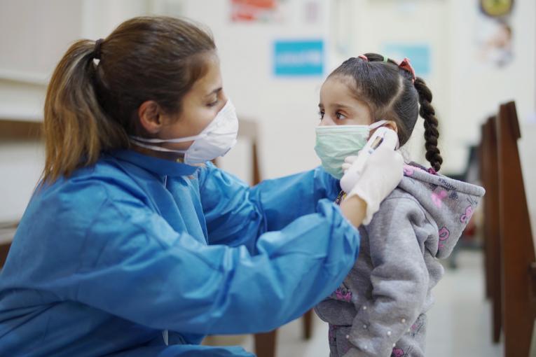 Aumentan casos de Covid-19 en niños y niñas en los Estados Unidos