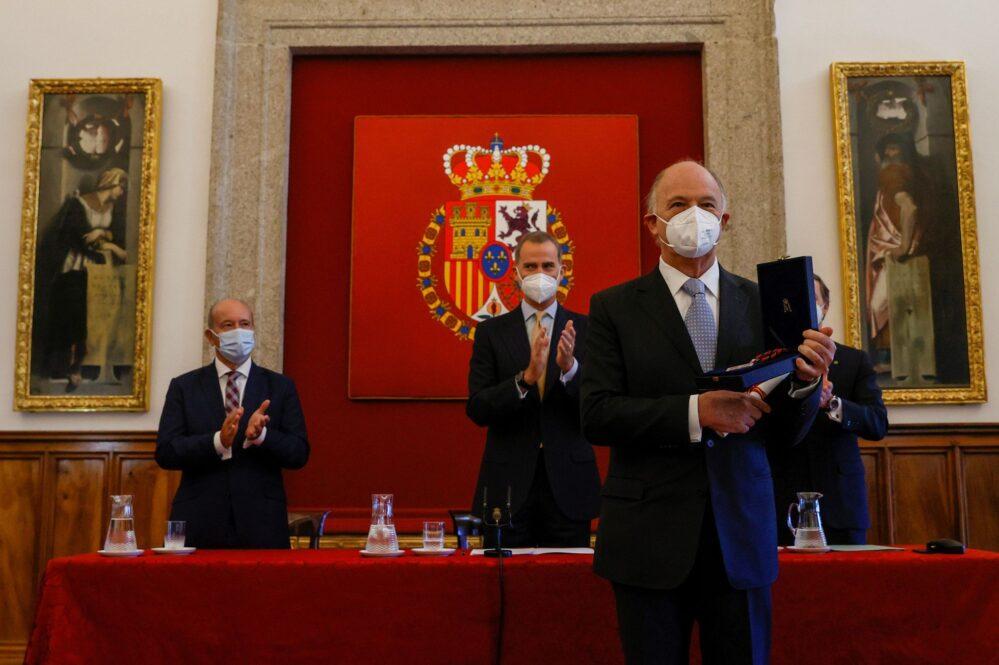 En España, Enrique Krauze recibe el Premio de Historia Órdenes Españolas