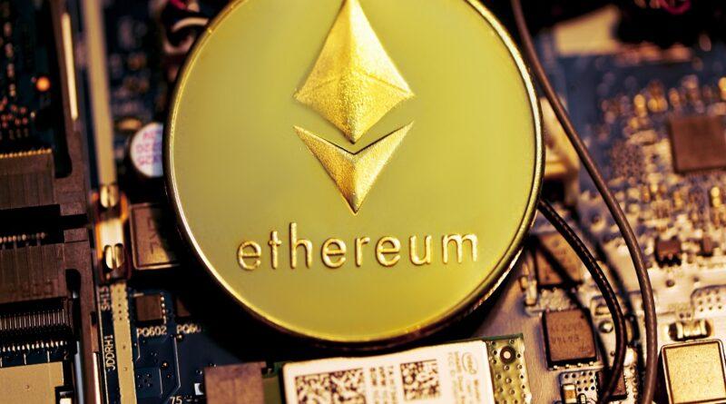 Elon Musk acepta que tiene Ethereum y… la criptomoneda sube de precio