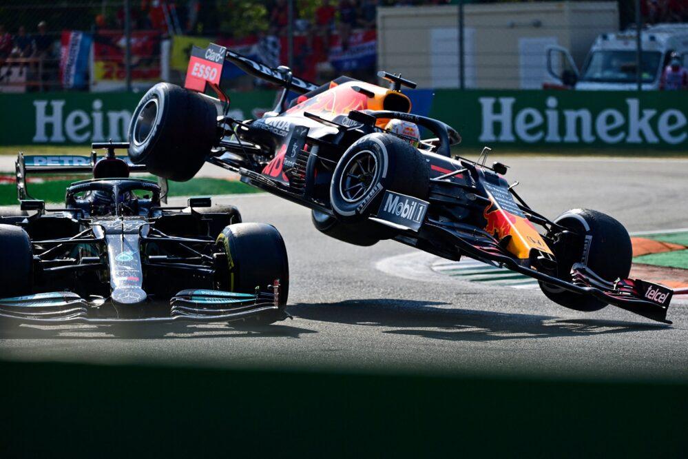 Checo Pérez pierde podio por sanción; Daniel Ricciardo gana el GP de Italia