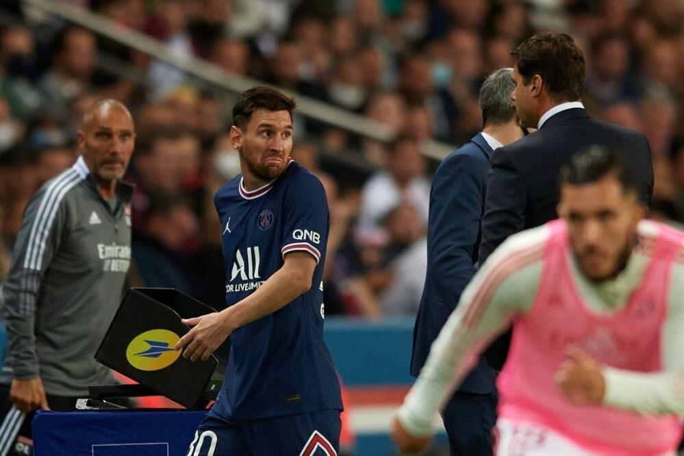 PSG: Messi se enoja con su director técnico Pochettino por sacarlo de la cancha