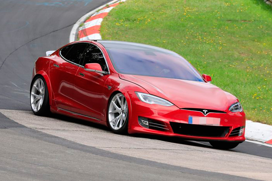 El Tesla Model S Plaid destrona al Porsche Taycan Turbo, y es rey de los vehículo eléctricos