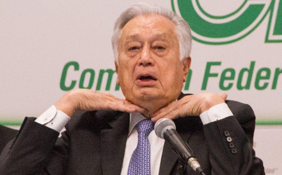 Arremete Manuel Bartlett contra Consejo Coordinador Empresarial por Reforma Eléctrica
