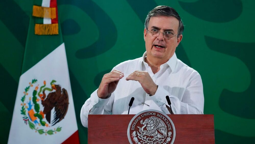 Marcelo Ebrard buscará la presidencia en 2024 con Morena