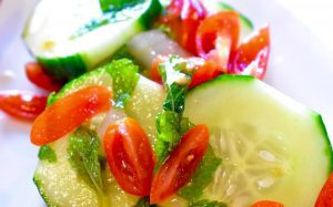 cucumber salad with tomatoes and mint