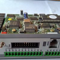 "4004.09 - CPU XA 8E ""N/P"" 8S Rele 64K RAM E 128K FLASH"