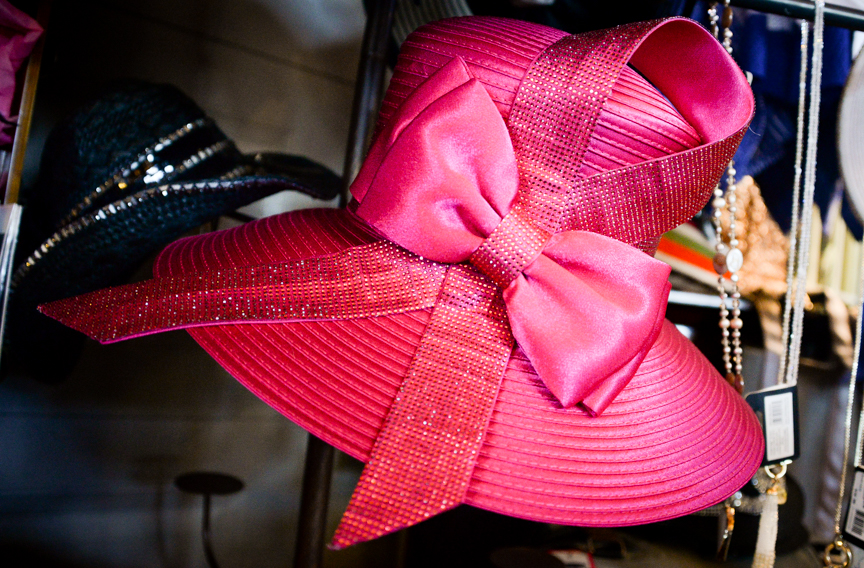 From the winery to the race track, Lenée Peach offers Derby outfit dos and don'ts
