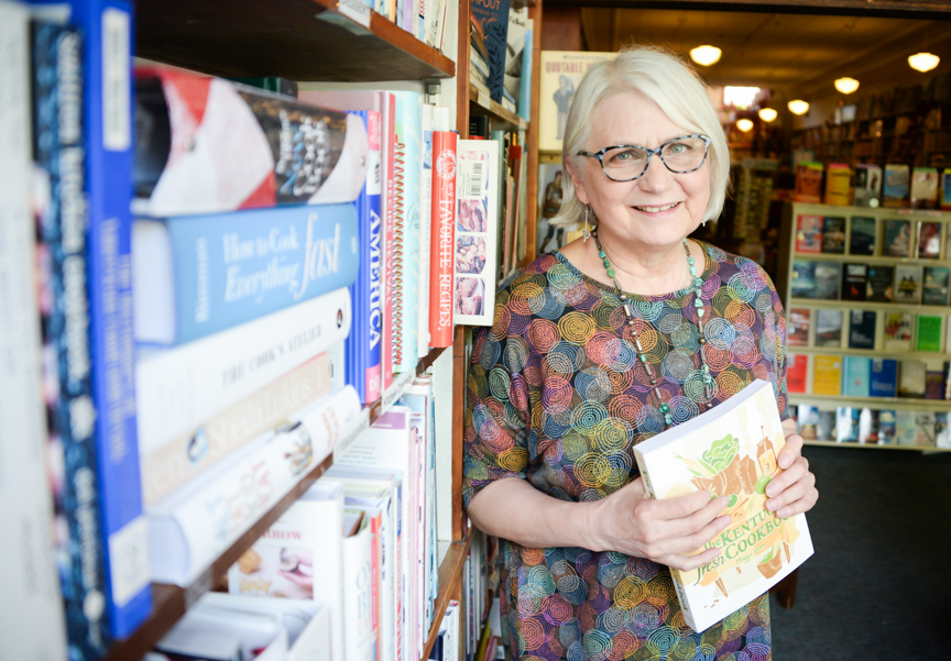 Friends of FRANK: Lizz Taylor feeding the appetite of Frankfort's readers