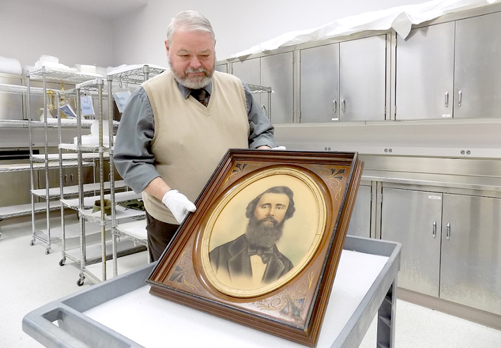 Kentucky National Guard historian secures important artifacts for Kentucky