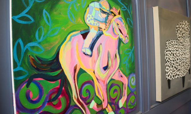Animal lover brings pop of color to downtown Frankfort