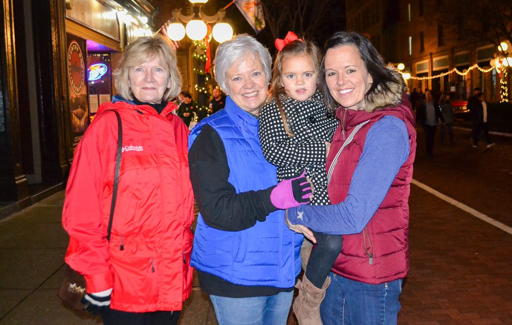 Snapped: Candlelight Tradition kickoff — Nov. 21, 2019