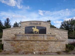DSC05366 Welcome to Ivanhoe 1 DS