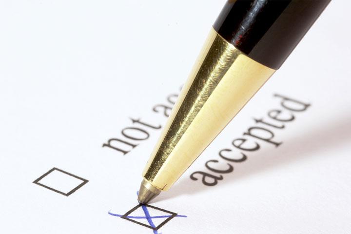 College Application Strategies for High School Seniors