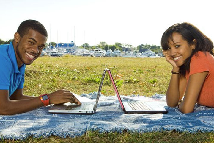 Wireless Internet Connections on HBCU Campuses