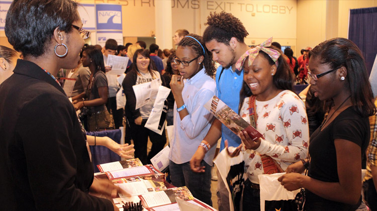 Houston Independent District Schools students had the opportunity to meet with admissions representatives from nearly 260 colleges and universities at the Houston National College Fair.