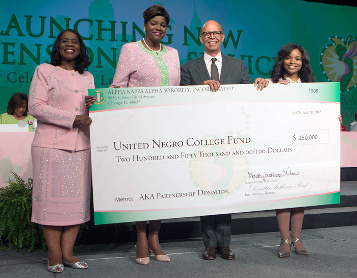 Alpha Kappa Alpha Sorority Donates quarter million dollars to UNCF