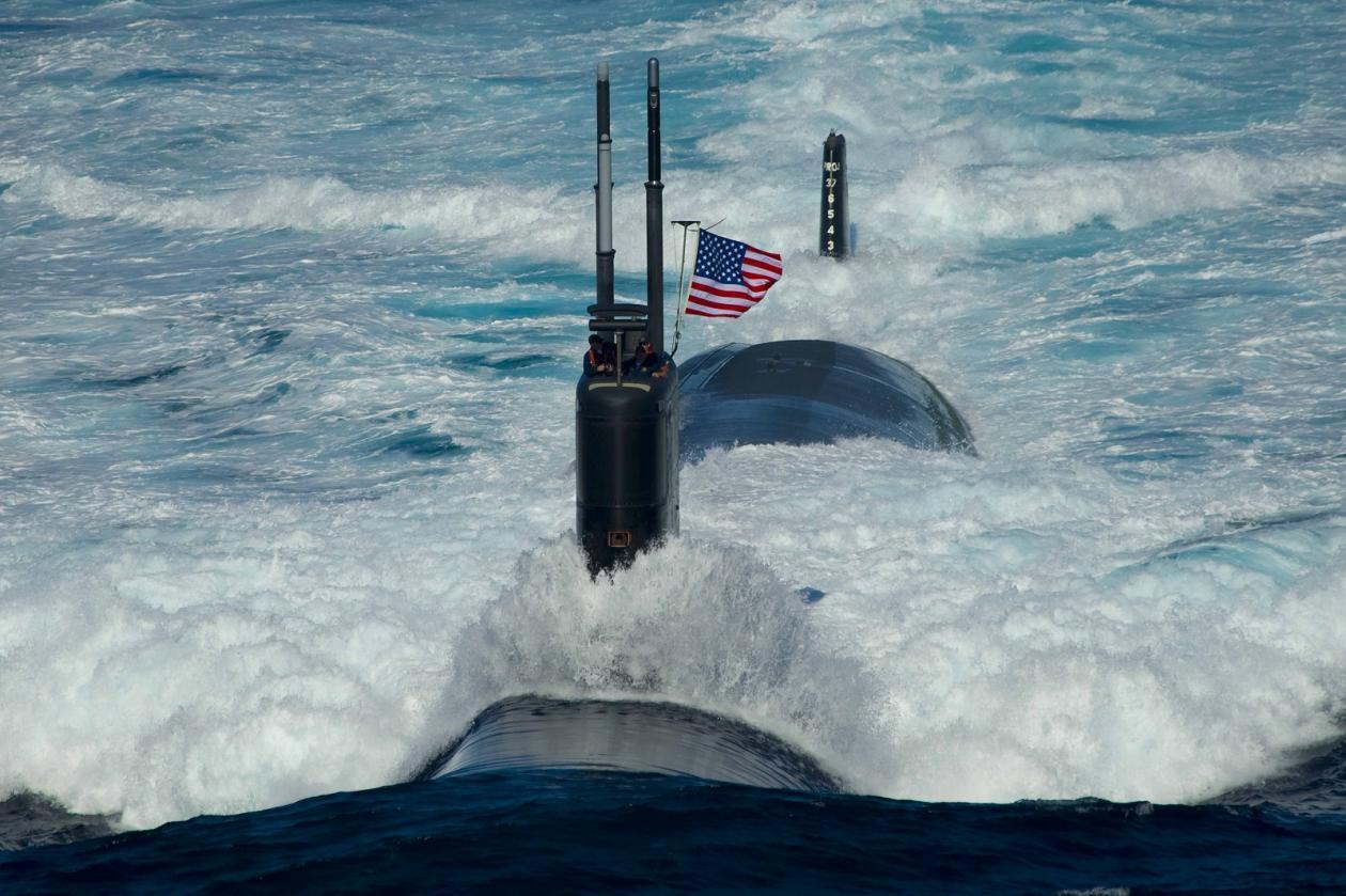 USS-Submarine-3