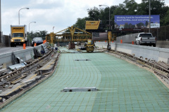 July 2020 - Paving operations continue on the center area of the expressway.