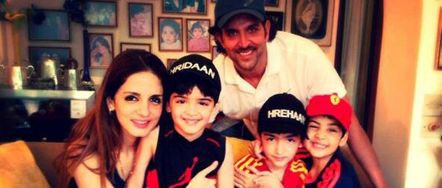 Hrithik-with-his-family