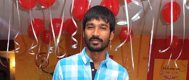 dhanush might remake vip in bollywood
