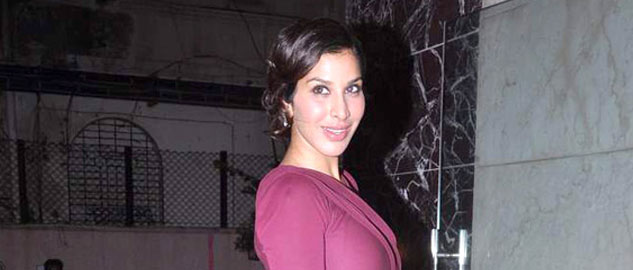 actress sophie choudry injured on sets of 'jhalak'