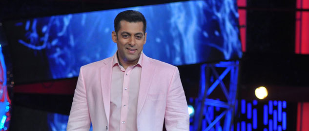salman khan welcomes bigg boss 8 contestants