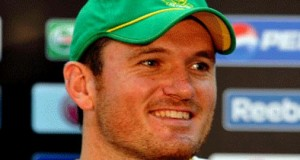Four Test Matches Are Not Going to be Easy, Says 'Nervous' Graeme Smith