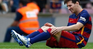 Lionel Messi suffered a knee injury in the opening stages of Barcelona's La Liga match